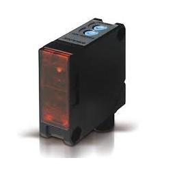 S60-PA-5-G00-XG fotoandur, 10-30DC, 50x50mm plastkorpus, saatja, LED, 0...20m, M12 pistik
