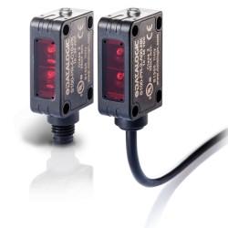 S100-PR-5-C00-NK fotoandur, 10-30DC, 32x20mm plastkorpus, objektilt peegulduv, LED, radial, 0...300mm, NPN, light/dark, M8 pisti